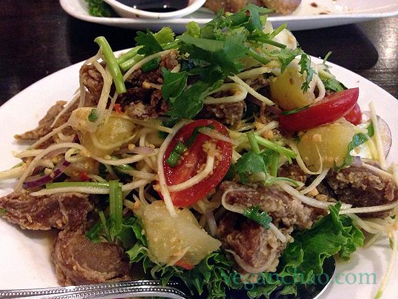 sripraphai vegan woodside queens mock duck salad