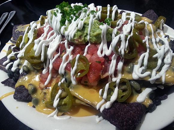 champs diner nyc brooklyn vegan meserole street nachos